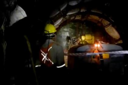 B400 SB552 Bergbau Stollenvortrieb Kloofgold