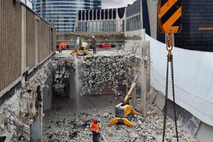 建筑破拆应用