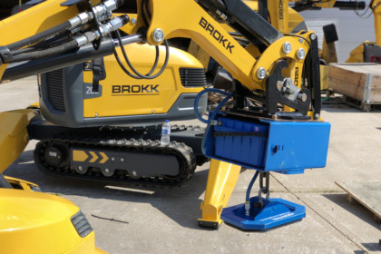 Brokk Inc. & Vacuworx to Offer Vacuum Lifting Attachments in North America